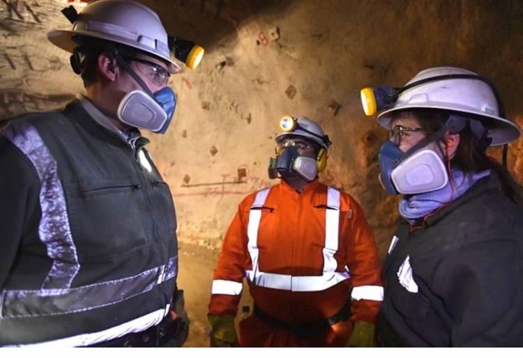 trabajadores-mineros-fase-1-y-2-750x514
