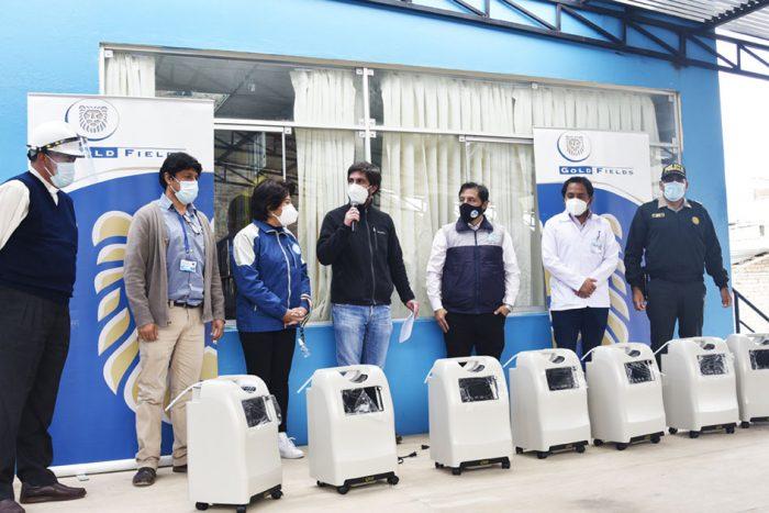 Gold-Fields-apoya-con-oxígeno-a-centros-de-salud-del-distrito-de-Bambamarca-e1602256251668