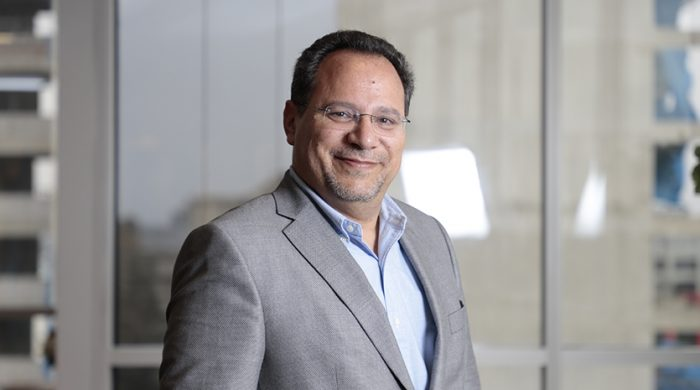 Orlando-Baquero-gerente-general-de-la-Asociacion-Empresarial-para-America-Latina-700x390-1.jpg